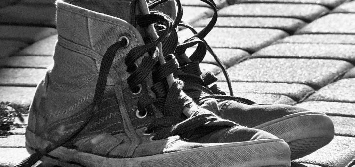 nečistoty na botách