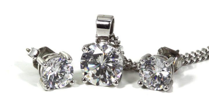 V jakých filmových snímcích dominovaly šperky Tiffany?